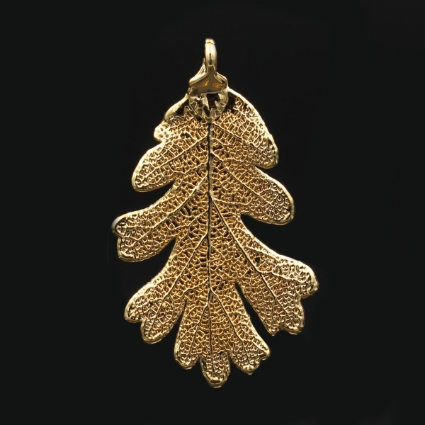 Oak Leaf Pendant Gold Medium