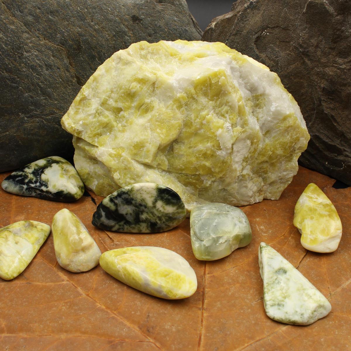 Schotttischer Grüner Marmor Trommelsteine